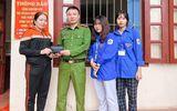 Việc tốt quanh ta - Bắc Giang: Hai nữ sinh lớp 11 nhặt được của rơi, trả người đánh mất