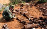 Tin trong nước - Đào móng xây nhà, người dân tá hỏa phát hiện gần 1 tấn bom mìn, đạn pháo