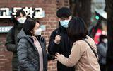 Hàng trăm nghìn sĩ tử Hàn Quốc bước vào kỳ thi đại học khốc liệt: Mắc COVID-19 vẫn được thi