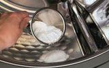 Ăn - Chơi - Thả nắm muối vào máy giặt thấy công dụng thần kỳ, ai cũng muốn học theo