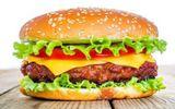 Sức khoẻ - Làm đẹp - Hà Nội: Bé trai sốc phản vệ nguy kịch sau khi ăn bánh hamburger
