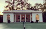 Bà Melania Trump hứng chỉ trích vì khai trương sân tennis ở Nhà Trắng