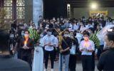 Video: Những tràng pháo tay cuối cùng của khán giả dành cho nghệ sĩ Chí Tài
