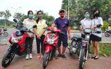 """Chú Minh """"cô đơn"""" dùng tiền được ủng hộ mua xe máy cho sinh viên nghèo"""