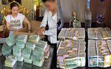 """Điểm mặt các đại gia Việt thích khoe """"núi"""" tiền vàng, nổi danh về độ chịu chơi, cuối cùng """"xộ khám"""""""