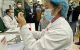 """Sức khỏe 3 người đầu tiên tiêm vắc xin COVID-19 """"Made in Vietnam"""" ra sao?"""
