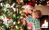 Quà Giáng sinh ý nghĩa bố mẹ giành tặng con