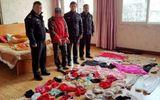 Người đàn ông bị vợ bỏ vì sở thích trộm đồ lót phụ nữ về mặc đi ngủ