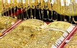 Giá vàng hôm nay 31/12: Giá vàng SJC tăng vọt, trên 56 triệu đồng/lượng