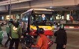 Vụ cụ bà 80 tuổi bị xe buýt cán tử vong trên phố Hà Nội: Hàng xóm nạn nhân nói gì?