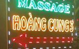 """Bắt quả tang nữ tiếp viên bán dâm tại Hoàng Cung 3: Lộ diện """"tú ông"""" 9X"""