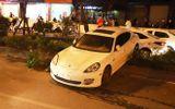 """Xe Porsche mất lái """"bay"""" qua dải phân cách ở Hà Nội: Nghi vấn do tài xế đột quỵ"""