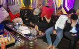 """An ninh - Hình sự - Bắt quả tang 12 nam, nữ """"phê"""" ma túy trong quán karaoke Thiên Đường"""