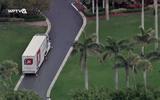 Video: Xe tải bắt đầu chuyển đồ của Tổng thống Trump đến Florida trước ngày rời Nhà Trắng