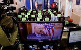 Tin thế giới - Đêm cuối cùng của ông Trump tại Nhà Trắng: Không lộ mặt, phát video và ân xá