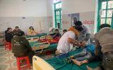 Sức khoẻ - Làm đẹp - Ăn bữa sáng trước cổng trường, 7 học sinh phải nhập viện cấp cứu