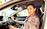 """Tin tức giải trí - Lã Thanh Huyền tậu xế hộp sang chảnh đầu năm mới, không hổ danh """"vợ doanh nhân"""""""