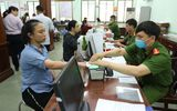 Tin trong nước - Bộ Công an yêu cầu dừng cấp chứng minh thư 9 số, căn cước công dân mã vạch
