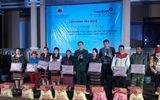 Việc tốt quanh ta - Thừa Thiên - Huế: Trao 160 phần quà cho người dân khu vực biên giới