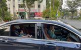"""Đàm Thu Trang lái xe sang chở """"công chúa nhỏ"""" đi chơi, vị trí của Cường Đô La khiến dân tình cười nghiêng ngả"""
