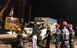 Ô tô và xe máy va chạm kinh hoàng, 3 người tử vong thương tâm
