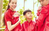 """Gia đình Hà Hồ - Kim Lý diện áo dài đỏ, chiếm trọn """"spotlight"""" ngày mùng 1 Tết"""