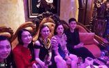 Lệ Quyên tụ họp với hội bạn Hà thành, quấn quít bên Lâm Bảo Châu