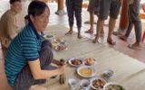 """Xuất hiện trong vlog """"ăn cơm ké"""" nhà danh hài Hoài Linh, trai đẹp lọt """"tầm ngắm"""" của dân mạng"""