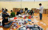 """Vụ cảnh sát đột kích kho hàng lậu """"siêu khủng"""" ở Đồng Nai: """"Shop Mơ Đào"""" livestream bán hàng từ Mỹ"""