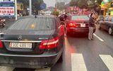 """Vụ 2 xe sang Mercedes E300 cùng biển số """"chạm mặt"""" trên phố: Diễn biến mới nhất"""
