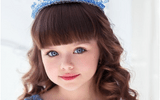 """Gia đình - Tình yêu - Bất ngờ chuyện học hành của cô bé người Nga từng được ngợi ca là """"đẹp nhất thế giới"""""""