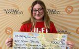 Tin thế giới - Ngỡ ngàng cô gái 18 tuổi trúng gần 580 triệu đồng ngay lần mua vé số đầu tiên