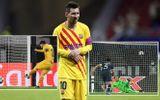 Messi đá hỏng phạt đền, Barca chính thức bị loại khỏi Champions League