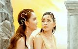 """Được hỏi hành động gợi cảm nhất của Ngọc Trinh là gì, Chi Pu trả lời khiến ai nghe xong cũng """"đỏ mặt"""""""