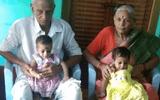 Người phụ nữ vỡ òa với niềm hạnh phúc lần đầu được làm mẹ ở tuổi 73