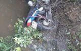 Vụ thi thể nam thanh niên dưới mương nước: Hiện trường còn có xe máy
