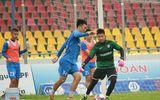 Bóng đá - Cầu thủ CLB Than Quảng Ninh ra sân gặp Hà Nội sau khi được giải ngân 4,5 tỉ đồng