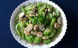 Ăn - Chơi - Canh mướp nấu nấm rơm thanh mát, cho bữa tối thêm ngon miệng