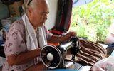 Việc tốt quanh ta - Hành trình 7 năm ròng rã may chăn tặng người nghèo của cụ bà 80 tuổi
