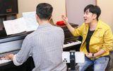 Tin tức giải trí - Quang Hà bị sụt 5kg, luyện giọng 8 tiếng mỗi ngày trước thềm tổ chức show 11 tỷ