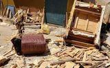 Đời sống - Rạch chiếc ghế nhặt bên đường, người đàn ông choáng váng khi nhìn thấy thứ giấu ở trong