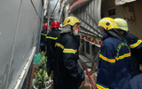 Tin trong nước - Nóng: Phát hiện 8 thi thể trong căn nhà bốc cháy ở TP.HCM