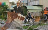 Phú Yên: Hàng chục nhà dân, trường học bị lốc xoáy tốc mái