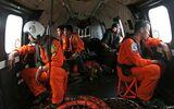 Tìm thấy phần đuôi máy bay QZ8501 gặp nạn