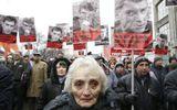 Hàng chục nghìn người tuần hành tưởng nhớ lãnh đạo đối lập Nga