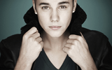 Justin Bieber bị tố ném trứng vào nhà hàng xóm