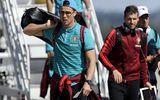 Ronaldo được bảo vệ bởi xe bọc thép, máy bay và 50 vệ sỹ