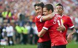 """Bại trận 0-4, Van Gaal """"tống cổ"""" 12 cầu thủ khỏi M.U"""