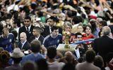 Messi mất cup giúp phóng viên Trung Quốc thưởng lớn