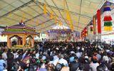 Hàng nghìn người chứng kiến đúc tượng Bồ Tát nghìn tay nghìn mắt